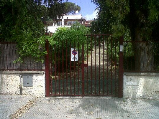 ENTRANCE VILLA - SUMMER-SEASIDE VILLA - S. MARINELLA, 60 KM fm ROME - Santa Marinella - rentals
