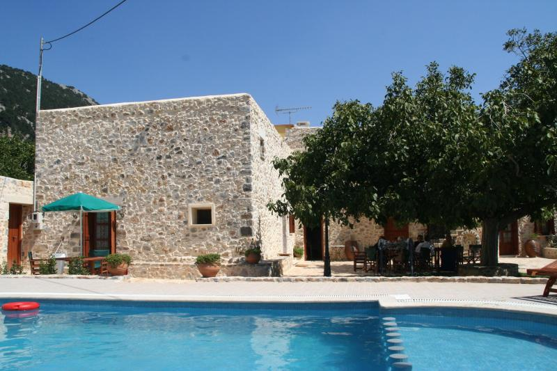 Hosting guests in a renovated 18th century house - Image 1 - Chania - rentals