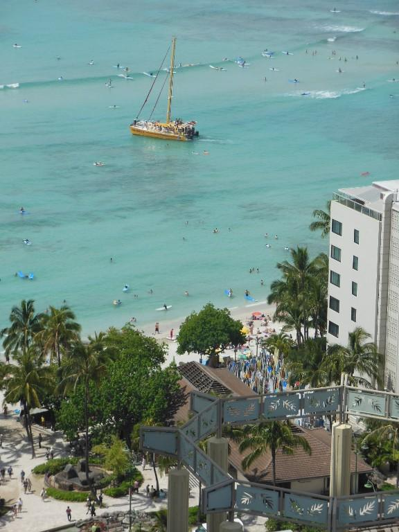 View from the lanai - Luxury Penthouse Studio with Ocean view - Honolulu - rentals