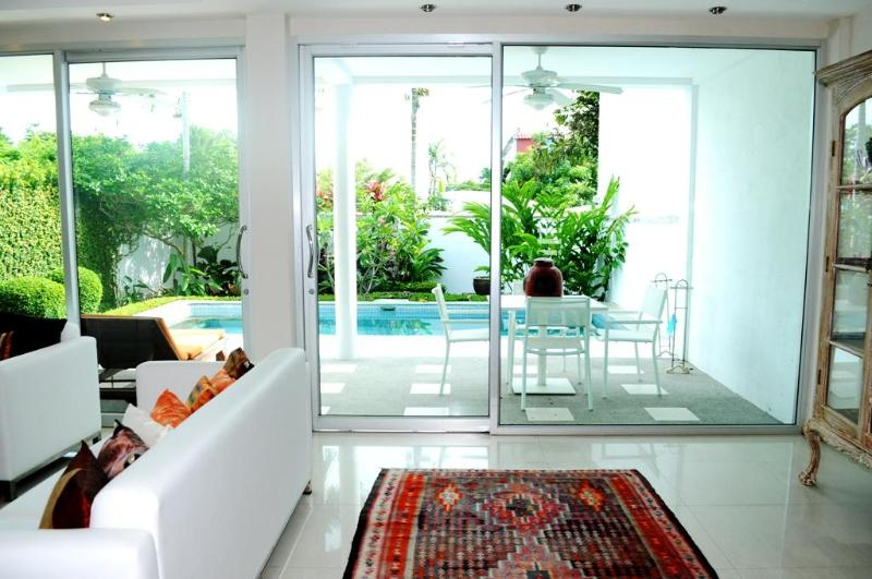 3 BR - Luxury private pool villa in Naiharn - Image 1 - Sao Hai - rentals