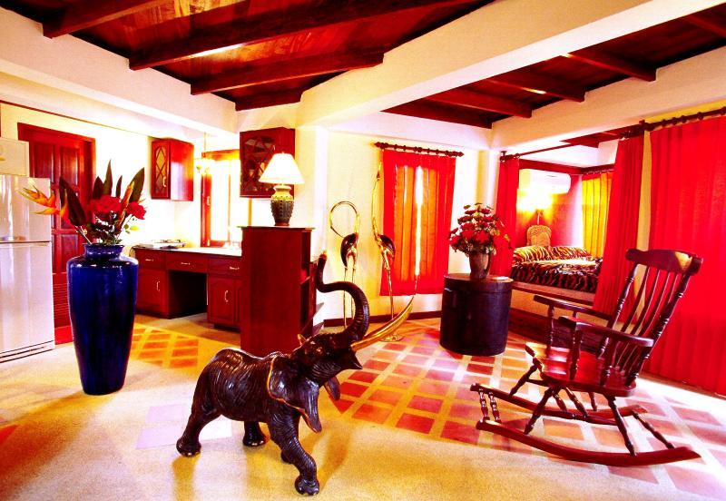 2 BR - Villa Bougainvillea (king-suite) - Image 1 - Sao Hai - rentals