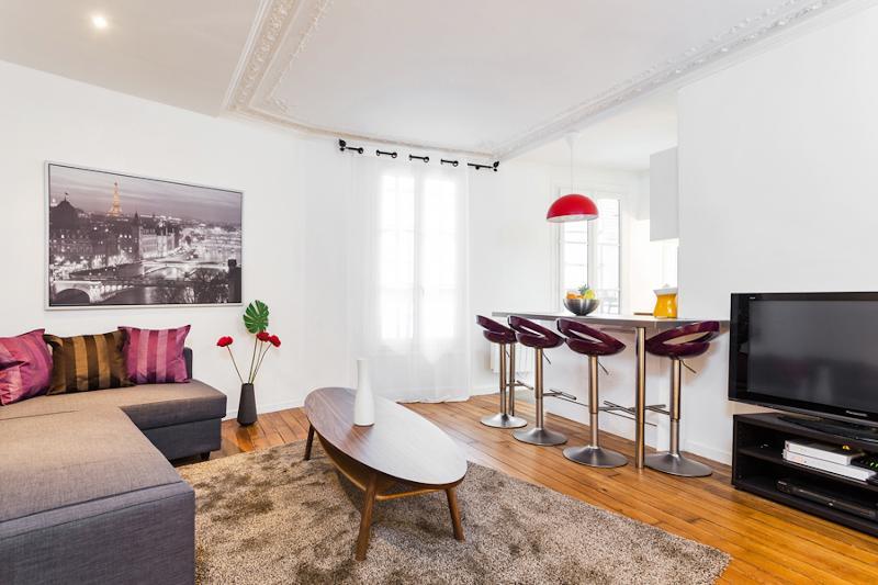 Living Area - 43. Central Apartment - Rue de Rennes-St. Germain - Paris - rentals