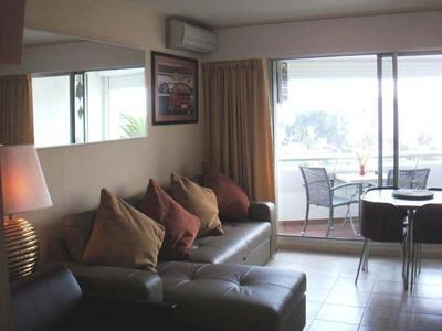 Montfleury Studio, Cozy and Affordable Rental with a Pool - Image 1 - Cannes - rentals