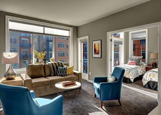 Belltown Court Suite Decadence - Image 1 - Seattle - rentals