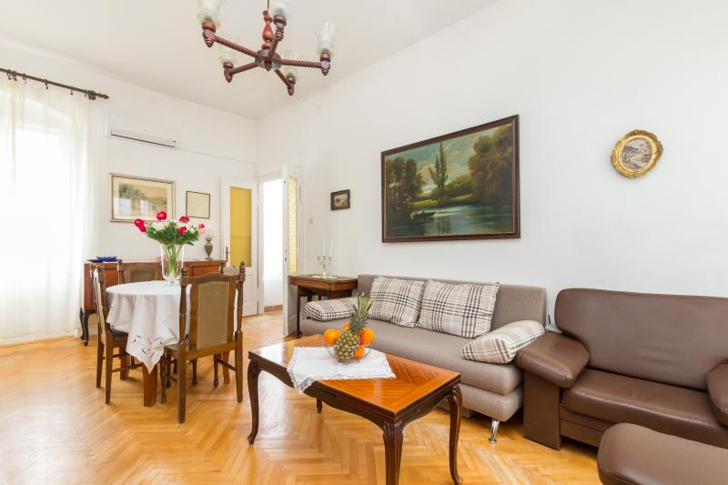 Apartment JARDIN - next to the Palace - Image 1 - Split - rentals