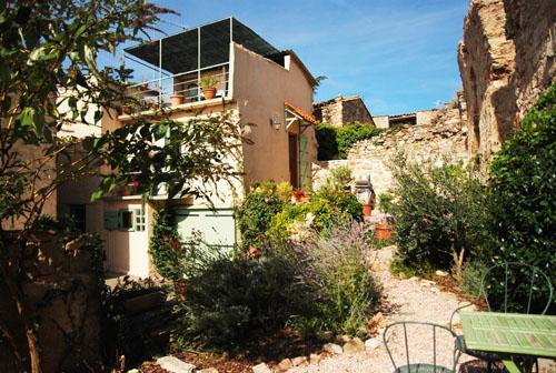 house with garden and views - Languedoc House with views,terrace and garden - Eyne - rentals