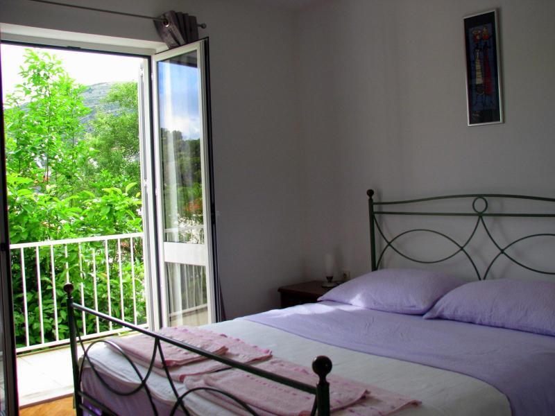 Master bedroom with balcony access - Quiet Escape Apartment - Dubrovnik - rentals