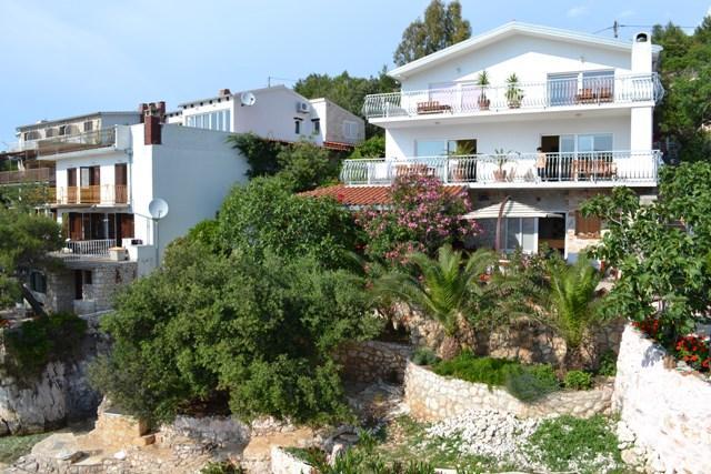 Apartment in Villa situated in beautiful Hvar bay - Image 1 - Hvar - rentals