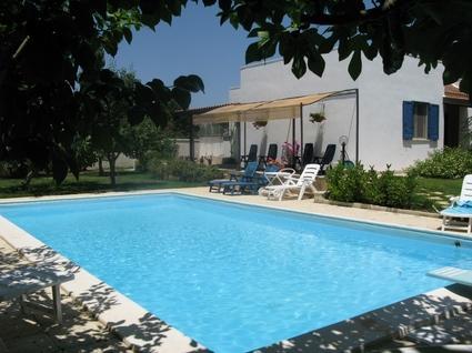 Our pool - Villa with pool puglia - Cutrofiano - rentals