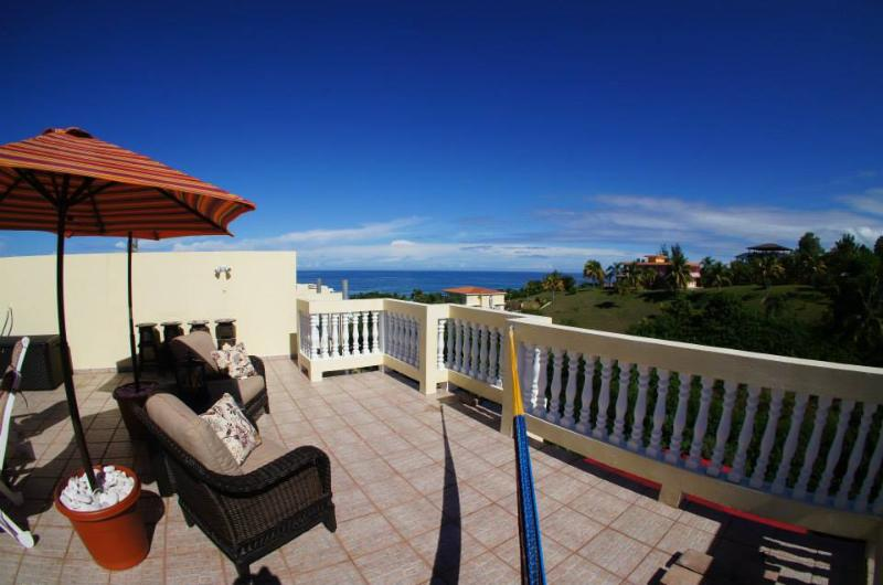 Casa Dulce Penthouse Walking distance toSandyBeach - Image 1 - Rincon - rentals