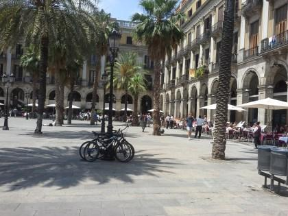 City Center Apartment Ramblas - Image 1 - Barcelona - rentals