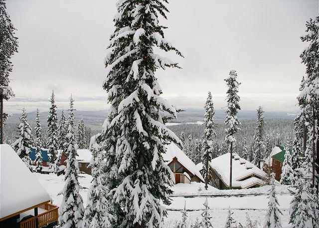 Powder View 4 - Powder View 4 Upper Snowpine Location Big White Ski Resort Sleeps 8 - Big White - rentals