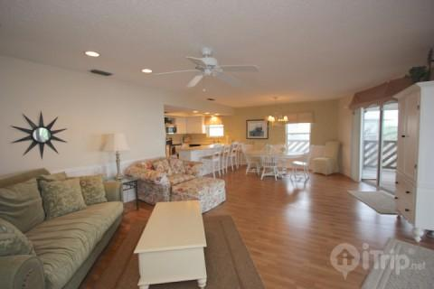 Cypress-n-Sun A-3 - Image 1 - Indian Rocks Beach - rentals