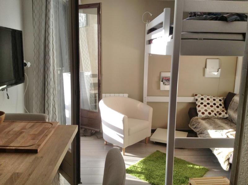 sunny living area - Beautiful flat with balcony & view - Alpe d'Huez - L'Alpe-d'Huez - rentals