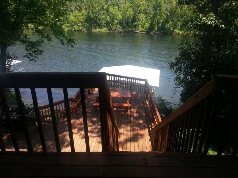 View from Master Bedroom - Branson's Taneycomo Lake House - Hollister - rentals