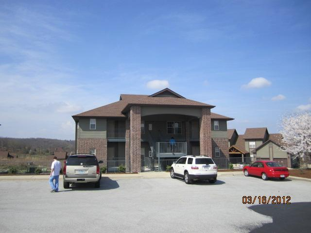 front of condo - Stonebridge Resort Condo in Branson - Branson - rentals