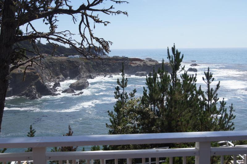 View of Ocean Cove and the ocean beyond from the upstairs deck. - 5 Whales, 2 acre oceanfront vacation home - Jenner - rentals