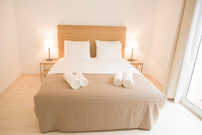 Cute & Central 1 Bedroom Wifi Air Conditioning - Image 1 - Barcelona - rentals