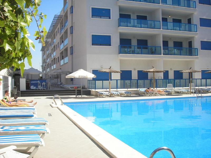 ALICANTE Luxury Resort BEACH&CITY,Pool, Wi-fi - Image 1 - Alicante - rentals