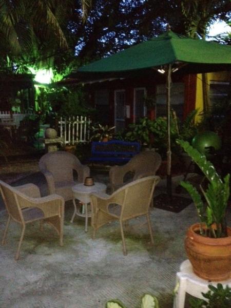 cozy patio - Garden Studio, Jewel-Off Brickell, WiFI - Coconut Grove - rentals