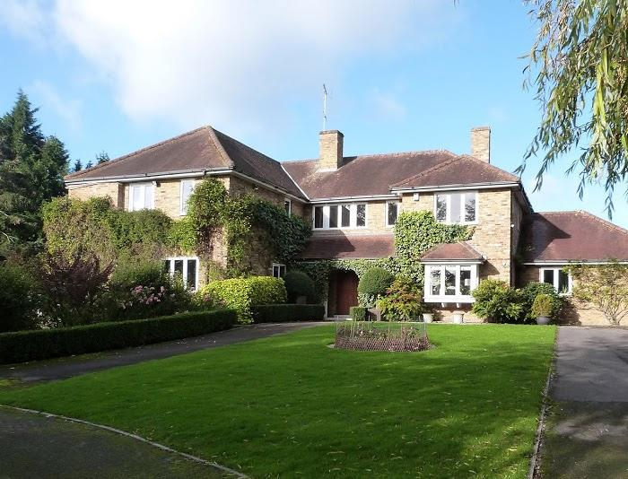 Luxury self-catering in the Berkshire countryside - Image 1 - Binfield - rentals