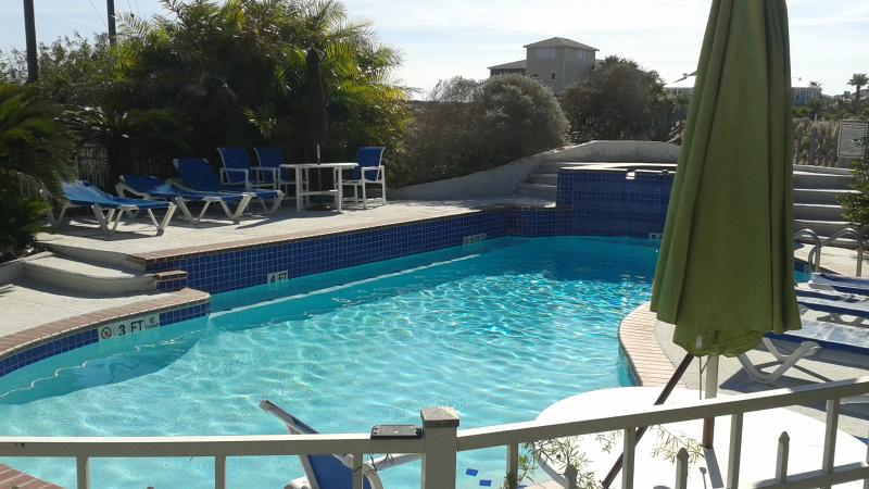 Pool - 30 days and more  (Long Term ONLY Old Town) Quain - Port Aransas - rentals
