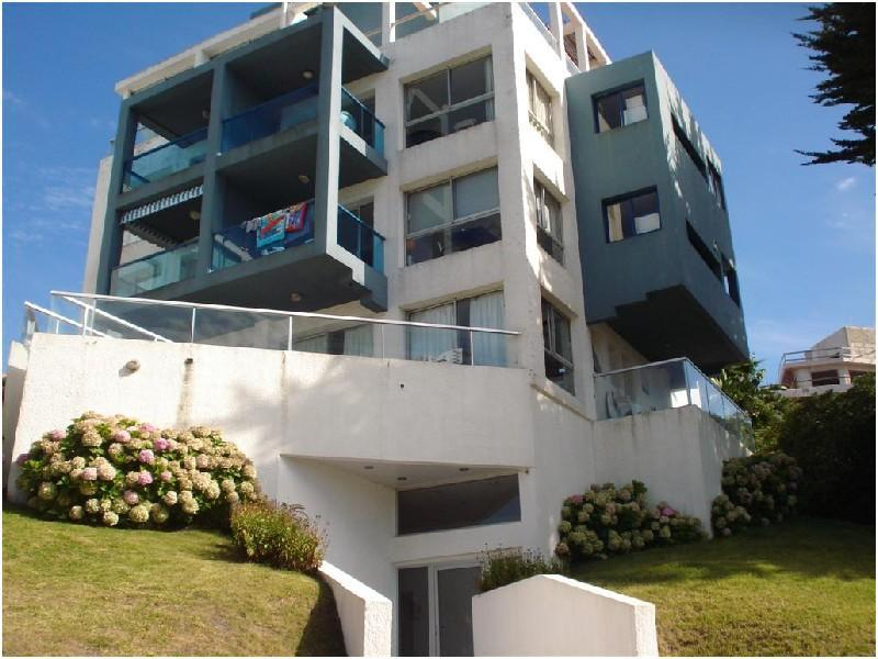 Two blocks from the Brava Beach - Near the beach, with view to the ocean - Punta del Este - rentals