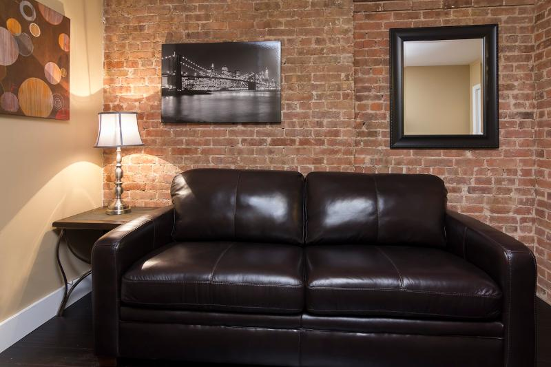 Living Room with pull out couch - Sleeps 5! 2 Bed/1 Bath Apartment, Times Square, Awesome! (8360) - New York City - rentals