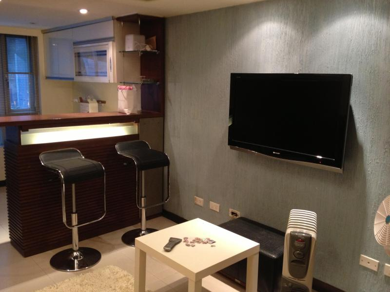 Cozy Room in East District near 101 - Bright 4 pax loft near MRT & Taipei 101 - Taipei - rentals