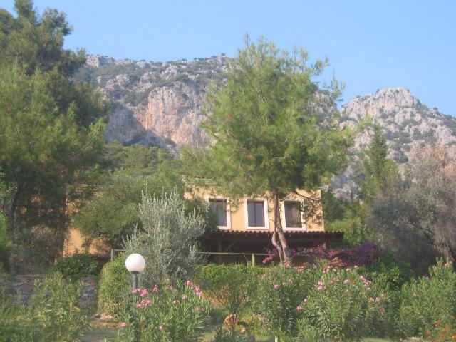 Villa with backdrop of Taurus mountains - Rosmarin Villas - Kozakli - rentals