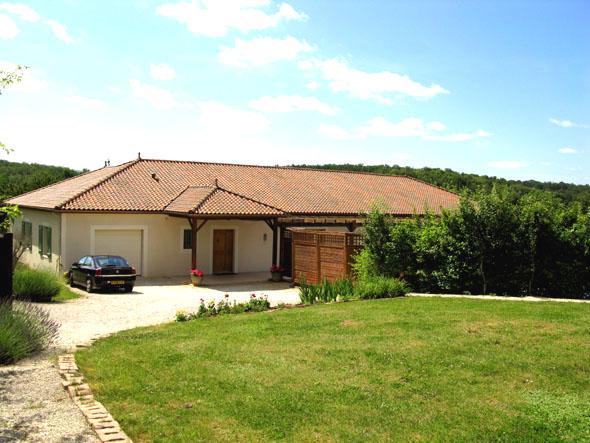 Towards the front porch - Magnificent Modern Villa with Pool - Saint-Martial-de-Valette - rentals