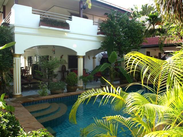 Luxury Private Pool Villa - Excellent Location - Image 1 - Pattaya - rentals