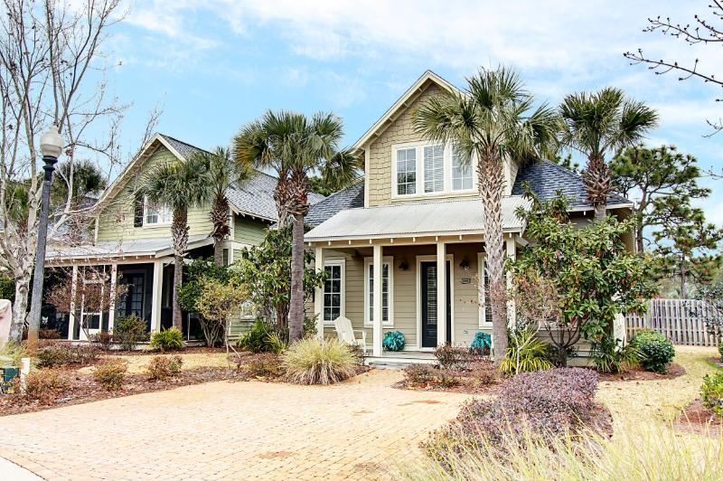 Sandestin Sister One (2482) - Book Online! Gorgeous 4BR/4BA Bungalo in SanDestin Golf & Beach Resort! Buy 3 nights or more get 1 FREE thru Feb 2015! - Image 1 - Sandestin - rentals