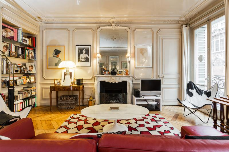 Living room - Magnificent Apartment in the Heart of Saint Germain - Paris - rentals
