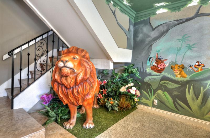 You will be greeted by life size lion Mufasa, Timon, Pumba to start your trip - Gorgeous Disney Themed House! Private Pool/Spa - Anaheim - rentals