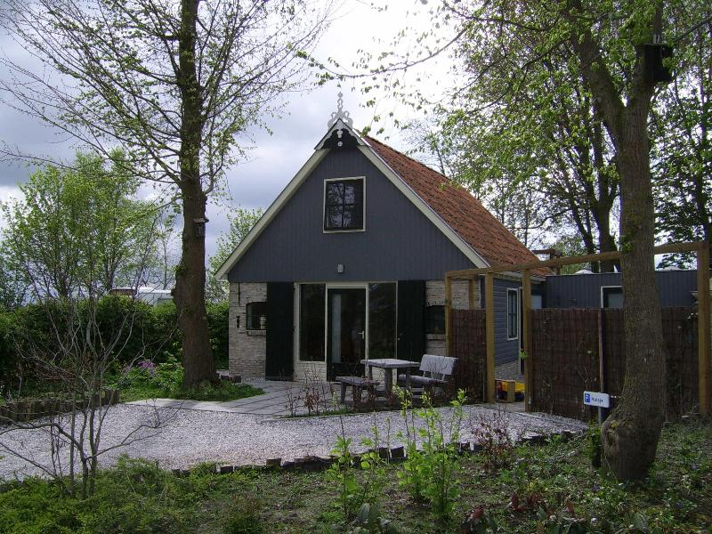 Cosy holiday home near Wadden Sea in Friesland - Image 1 - Kollum - rentals
