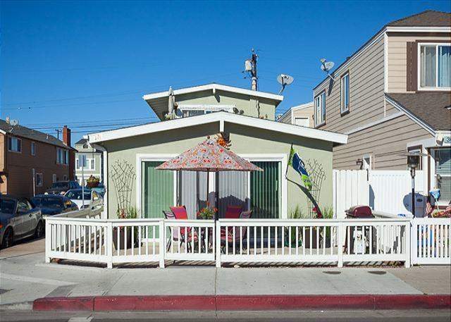 Perfect Beach Duplex Near Everything on the Balboa Peninsula! (68355) - Image 1 - Newport Beach - rentals