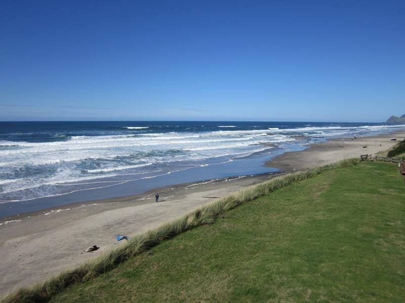 Beach Hideaway - 2nd floor view to the north - BEACH HIDEAWAY - Lincoln City - Lincoln City - rentals