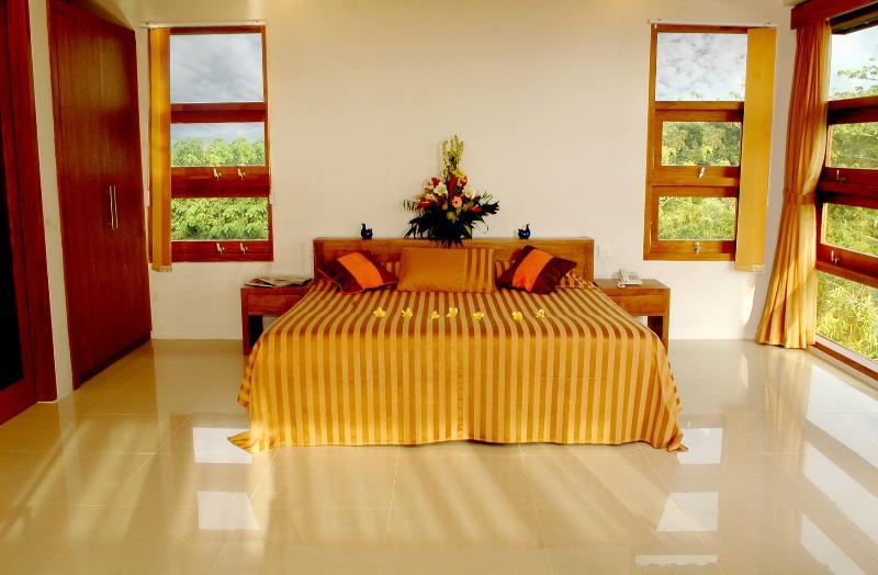 Blue Rose Villa - Image 1 - Pecatu - rentals