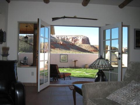 View of surrounding cliff from living room. - Beautiful Private Home Closest to Monument Valley - Bluff - rentals
