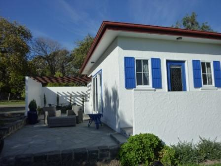 Front View - Black Duck Farm Cottage Bed & Breakfast - Yarragon - rentals