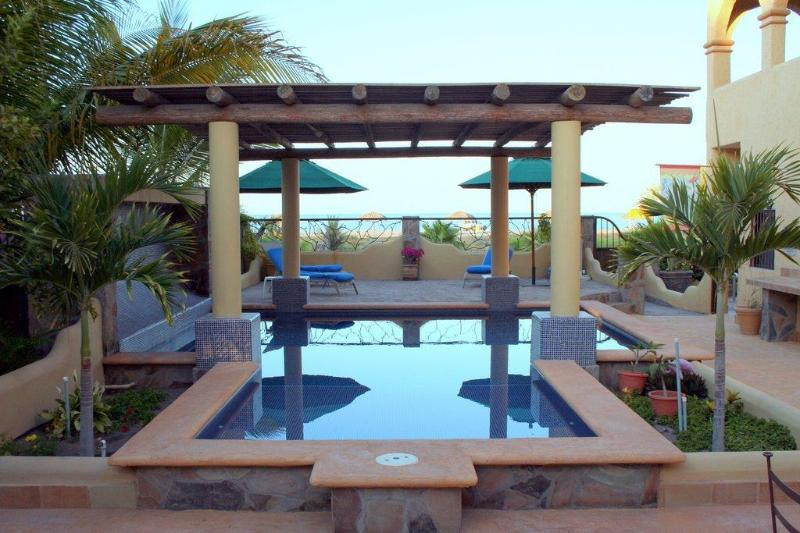 Pool overlooking Sea of Cortez - Beach Rental - Loreto - rentals