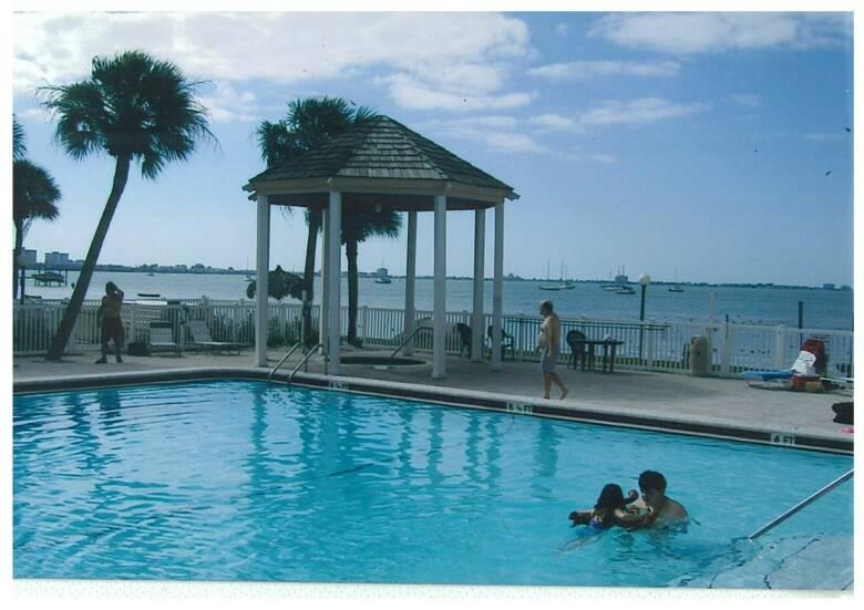 Beach Side Pool With Hot Tub - Florida Beach Vacation Rental - St Petersburg - Saint Petersburg - rentals