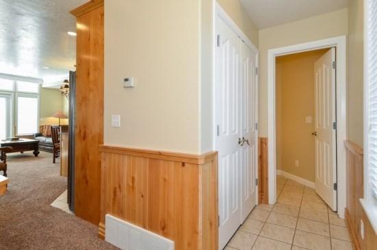 Snowbasin South View Condo   Luxury 2 Bedroom   Lakeside Unit 21 - Image 1 - Huntsville - rentals