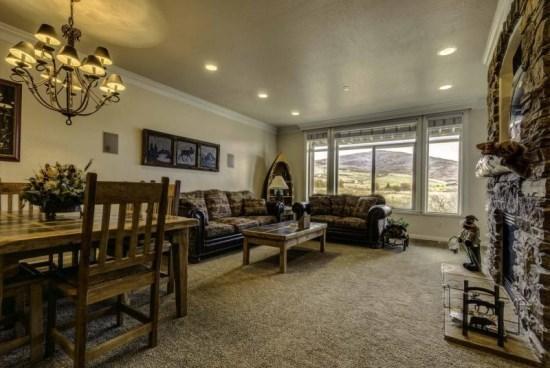 Snowbasin View Huntsville Condo | Luxury 3 Bedroom | Lakeside Unit 28 - Image 1 - Huntsville - rentals