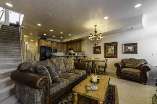 Snowbasin View Huntsville Condo | Luxury 2 Bedroom | Lakeside Unit 33 - Image 1 - Huntsville - rentals
