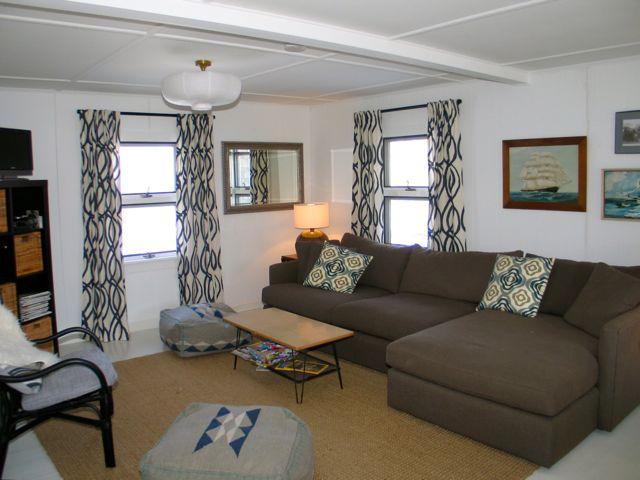 East Chop Charmer! (365) - Image 1 - Massachusetts - rentals