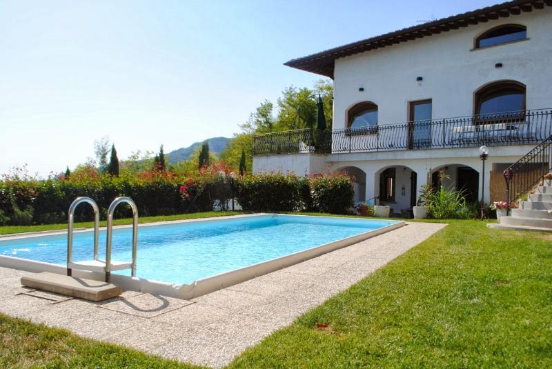 Villa Serafina - Image 1 - Pescia - rentals