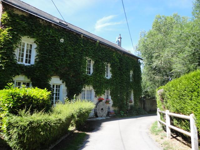 Main house - 11th century watermill close Loire Castles - Chateau-Renault - rentals