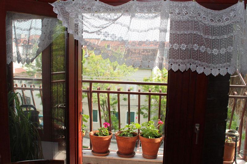 Antique rooms - Image 1 - Split - rentals